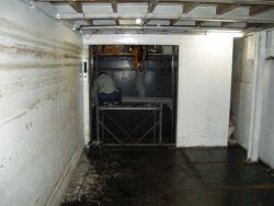 エレベーター撤去作業2