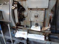 メインマシンの油漏れ